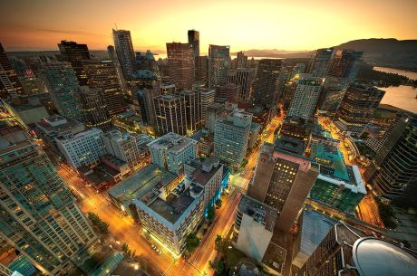 1024px-Downtown_Vancouver_Sunset